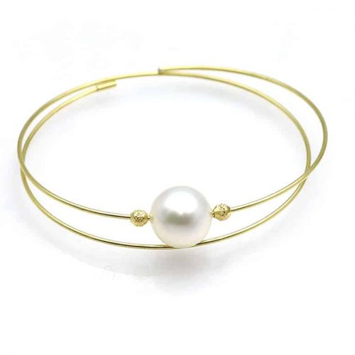 White south sea pearl bracelet