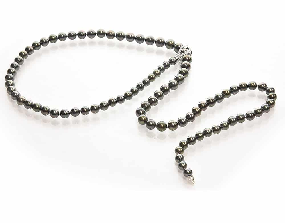 Black Tahitian pearl necklace lariat design