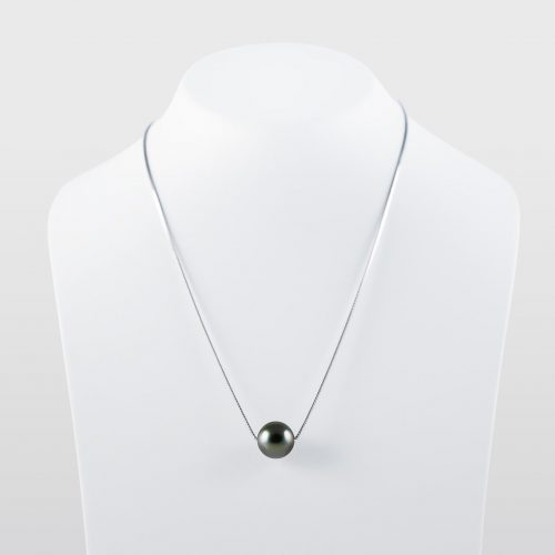 Black tahitian pearl necklace AAA