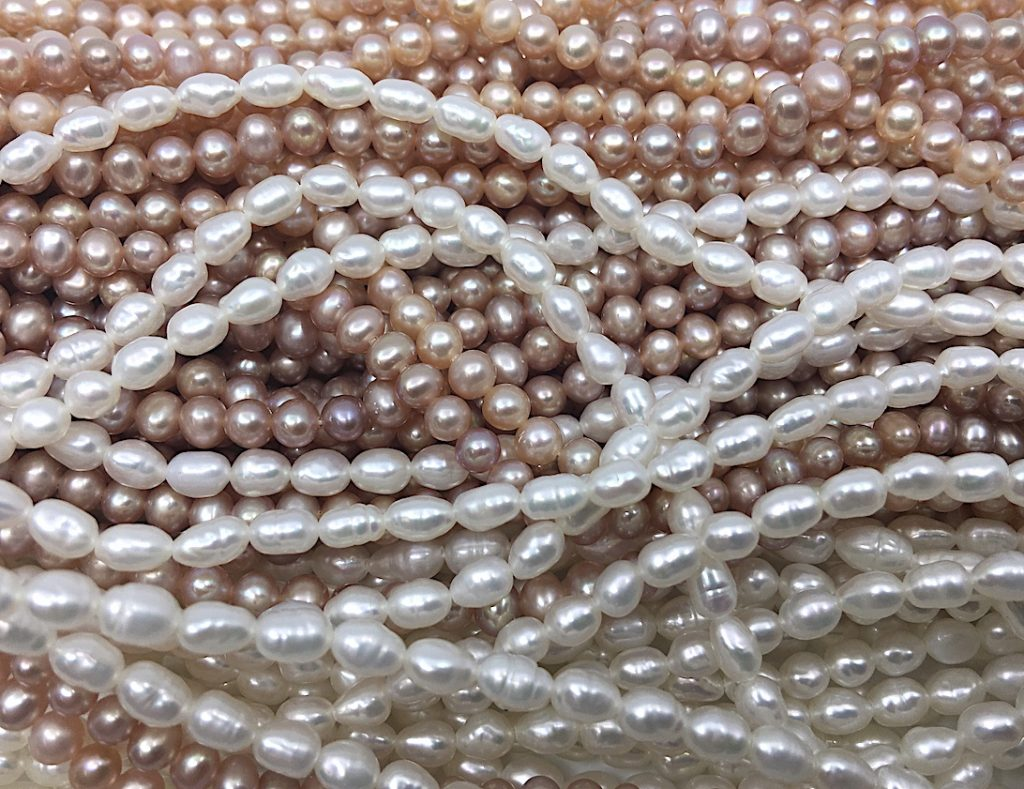 Freshwater Pearl Strands and Necklaces