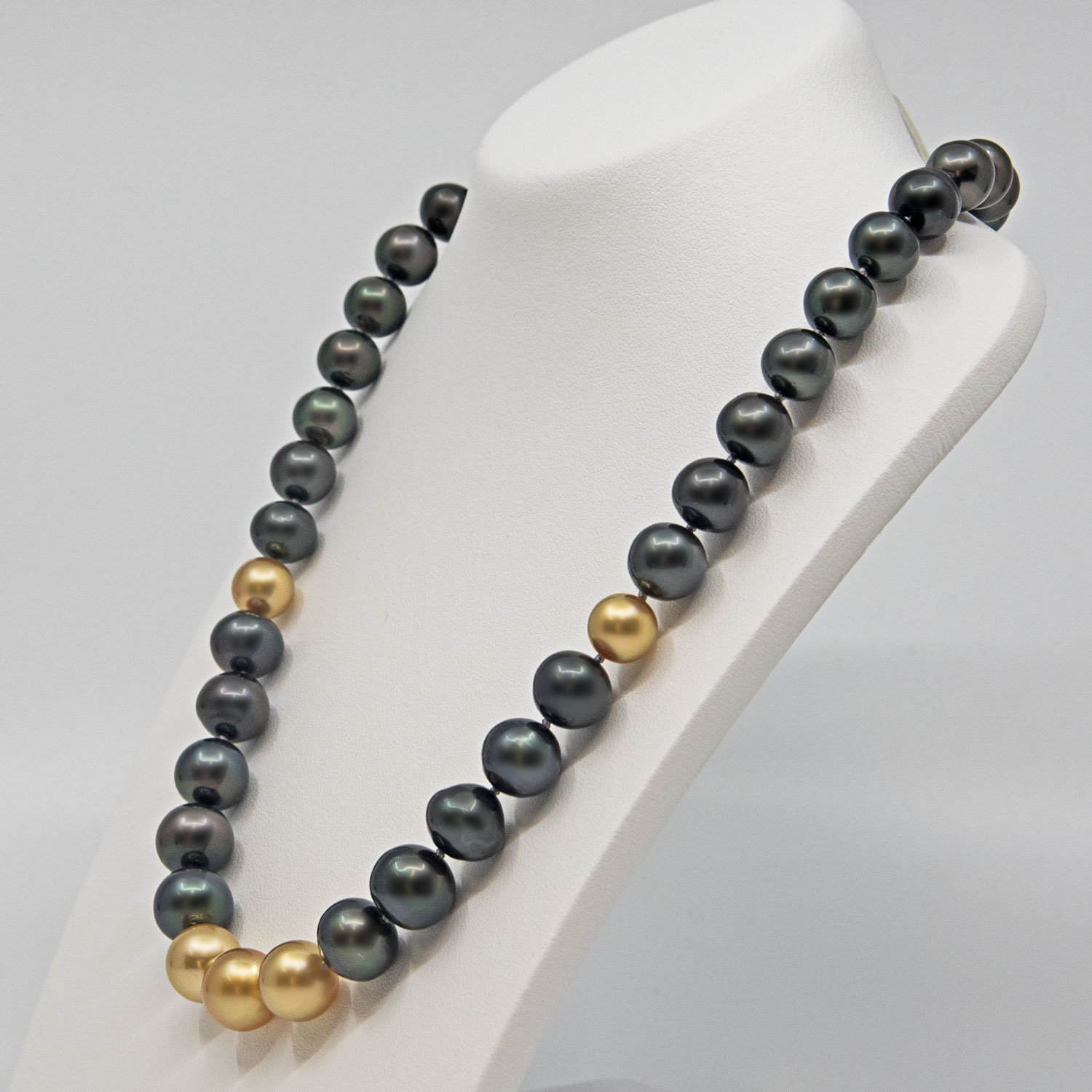 South sea gold and tahitian pearl necklace