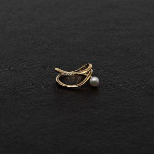 Japanese Akoya Pearl Ring 18K yellow gold